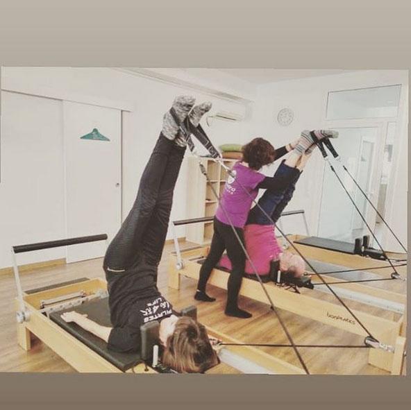 Dando clases de Pilates